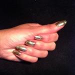 gold nails 001